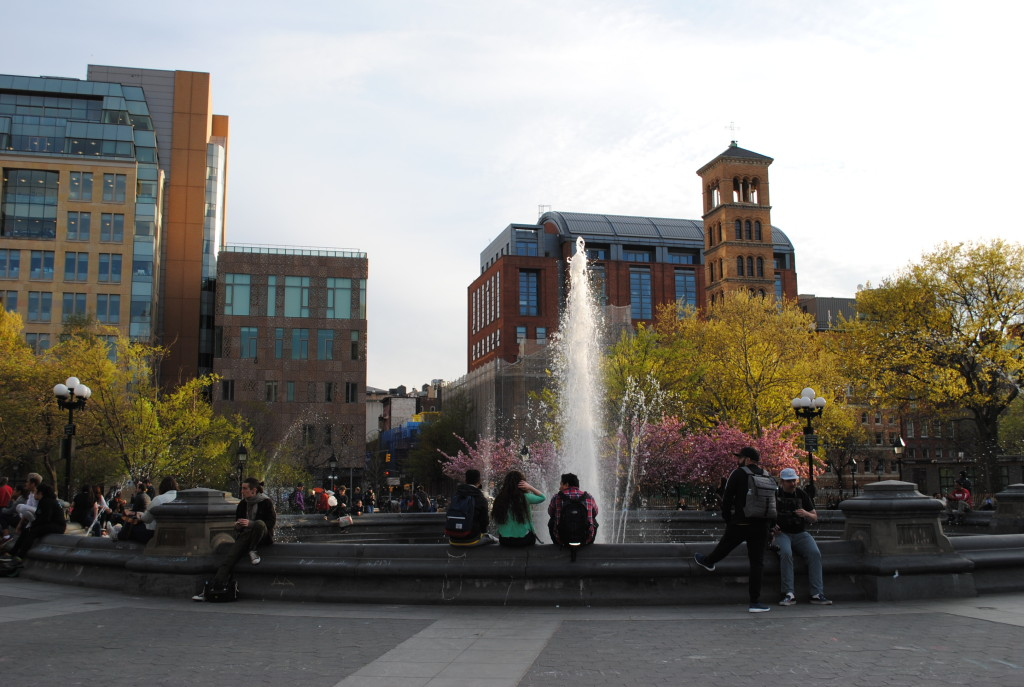 Washington Square Park fountain 2
