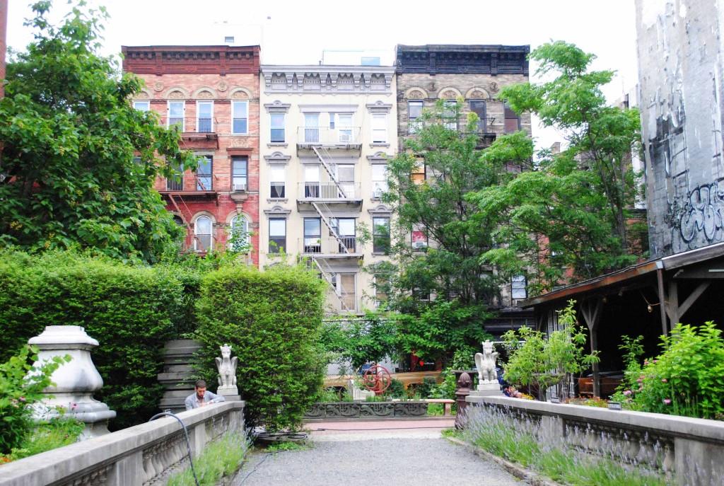 Elizabeth Street Garden 6