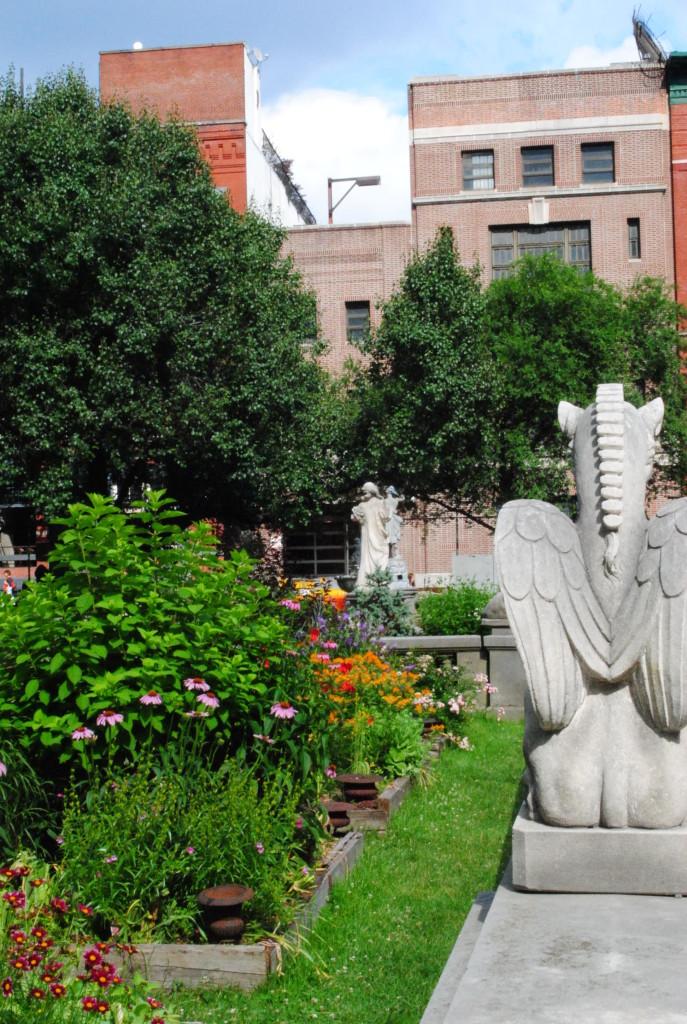 Elizabeth Street Garden 9